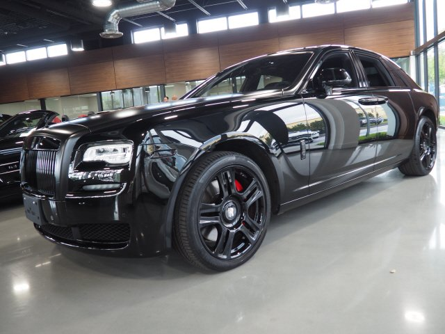 Pre-Owned 2017 Rolls-Royce Ghost Starlight