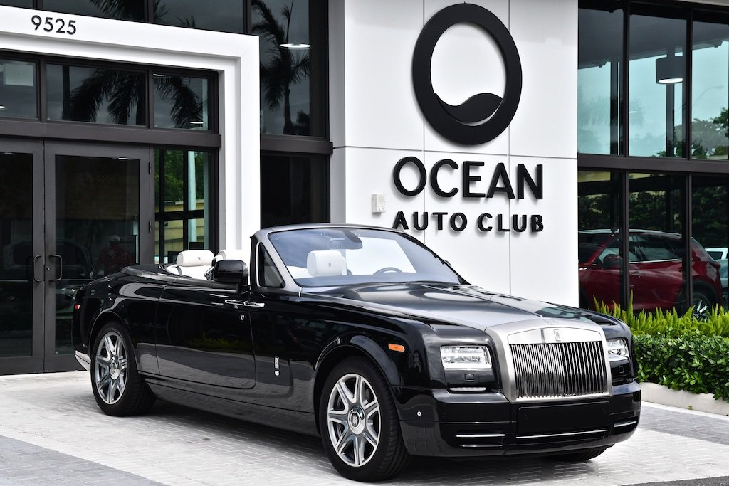 Pre-Owned 2014 Rolls-Royce Phantom Drophead Coupe Base
